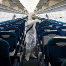 Инфицирана патничка во авион заразила други 15 лица со коронавирус