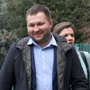 Ќе ставиме крај на дивеењето на кафанџиите во Центар, отсега ние ќе издаваме дозволи место градот и ќе уриваме, вели градоначалникот Богдановиќ