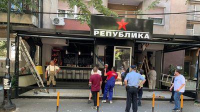 Општина Центар продолжува со уривање диви тераси на кафулиња на Ленинова