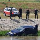 """Колата која падна во Вардар е на болницата """"Систина"""", немало патници, велат од Пожарна"""