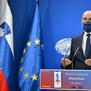 Словенечкиот премиер Јанша и министерот за одбрана Тонин добија писма со куршум и закани по живот