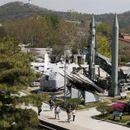 """Сеул: Северна Кореја повторно лансира два """"непознати проектила"""""""