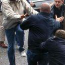 Хаос на пазарот во Струмица - се испотепаа две семејства