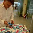 """Шилегов во """"Веро Џамбо"""" скенираше фискална сметка на новоотворениот штанд на """"Мој ДДВ"""""""