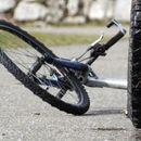 Прегазено девојче на велосипед во Лисиче, возачот побегнал