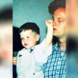 Проектилот на НАТО го усмрти Марко во рацете на неговиот татко: Тој е најмладата жртва во бомбардирањето