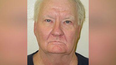 Затвореник тврди дека отслужил доживотна казна оти на кратко бил прогласен за мртов