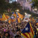 Шпанската Влада ги осуди судирите во Каталонија