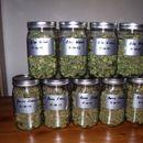 Еден обвинет затоа што чувал марихуана во тегли од лутеница и ајвар