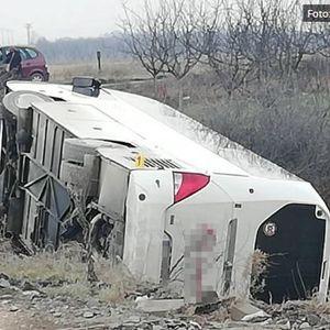 Се преврте автобус со македонски туристи на пат кон Копаоник: 26 повредени, тројца со потешки повреди