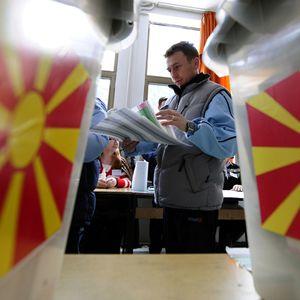 Ќе има ли вонредни парламентарни избори заедно со претседателските, власта го разгледува барањето на опозицијата