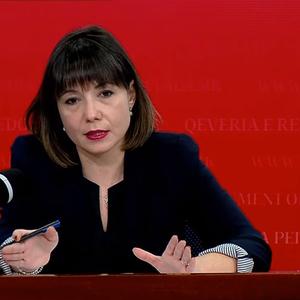 Вицепремиерката Царовска верува дека минималната плата може да достигне 16.000 денари