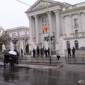 Сметководителите на протест пред Владата бараат одложување на роковите за финансиските извештаи