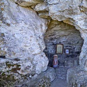 Най-старият манастир в Европа е в България, а водата в аязмото лекува…