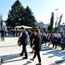 Делегација на Градот Скопје положи цвеќе пред Споменикот на Ослободителите на Скопје