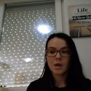 Симона од Скопје: Имаме симптоми, а никој не не тестира