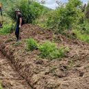 Се чисти каналот за наводнување во Никиштани