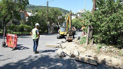 """Почна реконструкција на улицата """"Востаничка"""" во Кисела Вода"""
