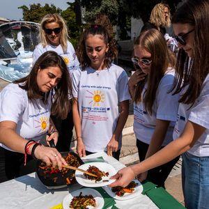 Буковка на сонце победи на натпреварот во готвење на соларна енергија во Неготино