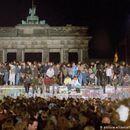Се враќа модата од времето на падот на Берлинскиот ѕид