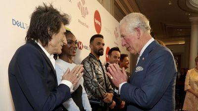 Принцот Чарлс го донесе Коронавирусот во британското кралско семејство