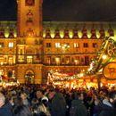 Коронавирусот ги откажа Божиќните пазари и ја лиши Европа од омилената традиција