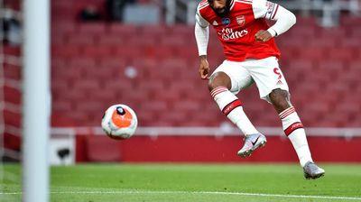 Лаказет ја објаснува чудната сезона Арсенал, пред мечот кој може да им биде спас