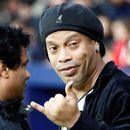 Роналдињо прифати да биде гостин на ПСЖ и ги налути фановите на Барселона