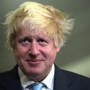 Борис Джонсън се скри от журналист в... хладилник ВИДЕО