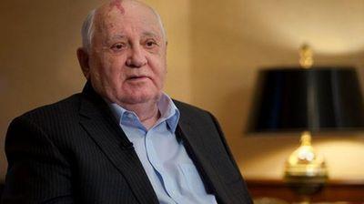 Горбачов зове да няма нова надпревара във въоръжаването