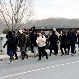 Стотици мигранти вече се насочват към България, Борисов призна, че има реална заплаха