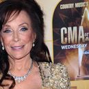 Loretta Lynn offers support to Nashville tornado victims with discounts to Tennessee ranch: 'My heart breaks'