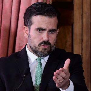 Puerto Rico governor refuses to step down amid corruption and texting scandals