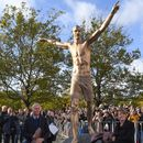 Los Angeles Galaxy's Zlatan Ibrahimovic gets shirtless bronze statue in his honor in Sweden