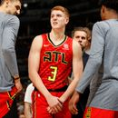 Hawks' Huerter out at least 2 weeks with shoulder injury