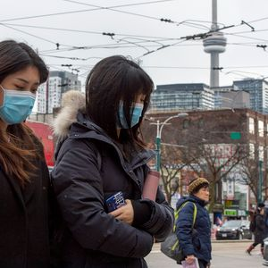 Corinavirus outbreak: Major US cities report surgical mask shortages