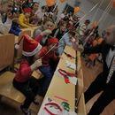 Приказки без край и Дядо Коледа зарадваха малките пациенти в СБАЛ по детски болести