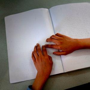 Mašina za pisanje Brajevim pismom stigla u Žarkovac