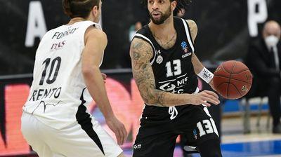 Partizan ubedljiv protiv Trenta, sjajan debi Perkinsa