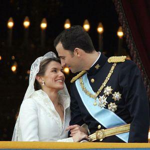 Ни Дајана ни Кејт: Најскапата венчаница во историјата ја носела Летиција, а не е фустан од бајките