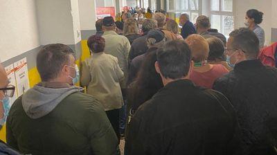 НА МНОГУ ИЗБИРАЧКИ МЕСТА ИМА ГУЖВА: Даштевски најави можно продолжување на времето за гласање