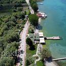 Нема место за дивоградбите во охридскиот регион, порача евроамбасадорот Гир