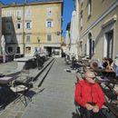 Словенија ќе ги затвора локалните кои не ги почитуваат мерките, бројките сѐ полоши