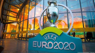 УЕФА се заканува дека завршницата од ЕП ќе ја премести од Лондон во Будимпешта!