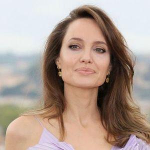 Anđelina Džoli: IMAM OSEĆAJ DA SAM CEO ŽIVOT OKRUŽENA KRITIKAMA I OSUDAMA