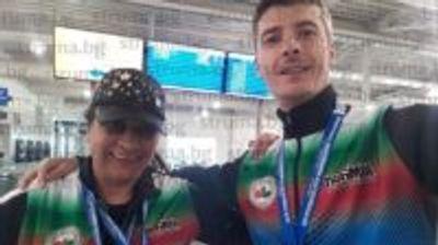 Екссъветничката от ГЕРБ Елена Димитрова изкара именния си ден в Благоевград, вместо в Унгария да громи с лявата ръка претендентките за европейско злато по канадска борба