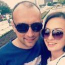 Бившият съпруг на Таня Боева чака бебе от младата продавачката на пилета