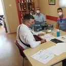 """Во ООУ """"Никола Вапцаров"""" детска Фондација Од Швајцарија донираше 30 таблети!"""