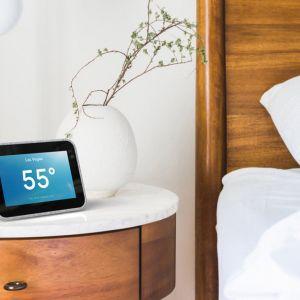 Рецензија Не ви се станува – Lenovo Smart Clock ќе ве дигне од кревет