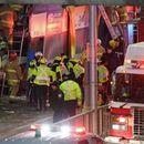 Канада: Автобус удрил во постојка, најмалку три лица загинаа